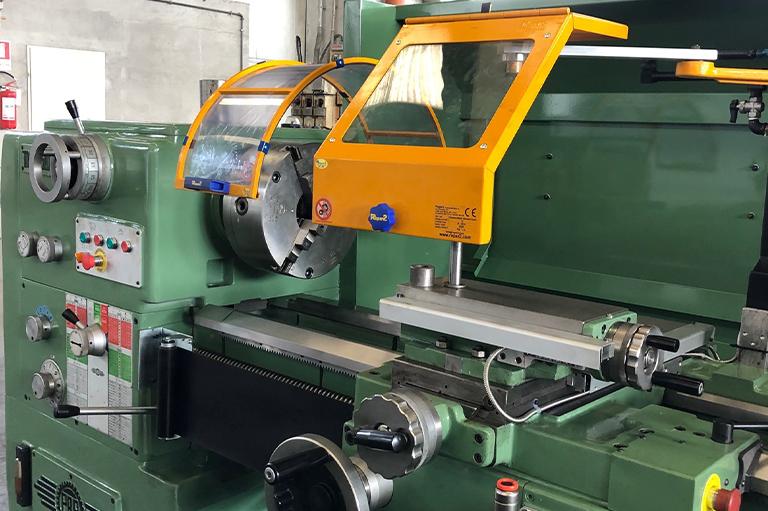 Tornio Parallelo PBR TM 250 P